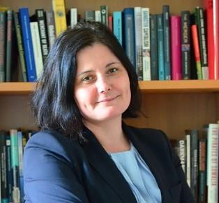 Prof. Dr. Anja Jakobi