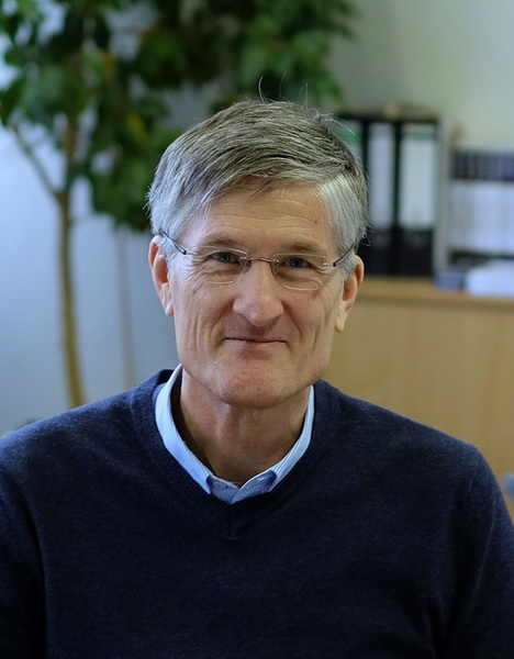 Prof. Rösler