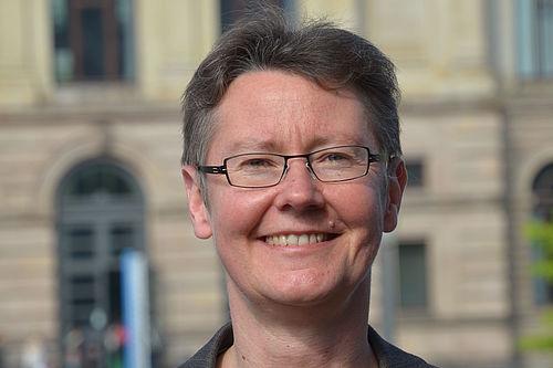 Dr. Manuela-Christina Hahn