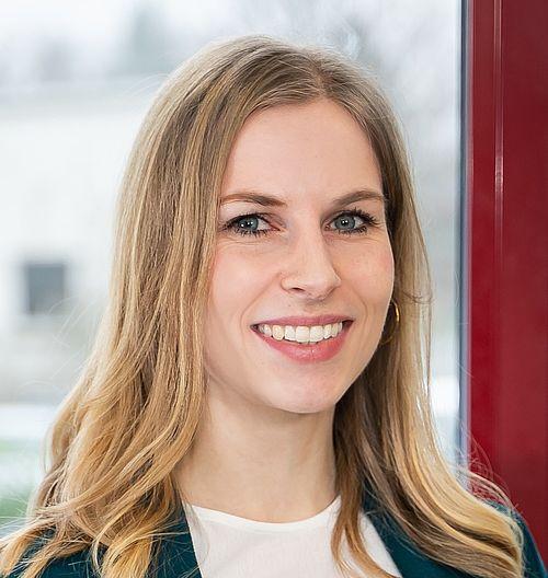 Anne Reif