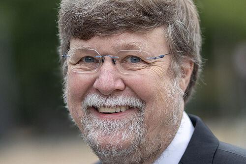 Prof. Dr. Stefan Dübel