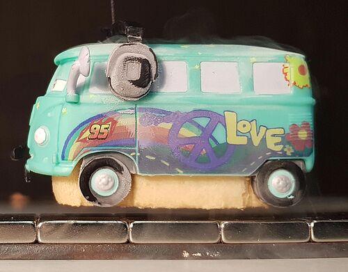 Schwebender Bus