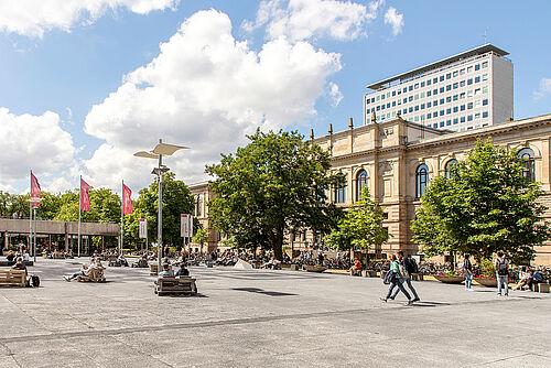 TUBS_1806_HOE_Universitätsplatz_01b